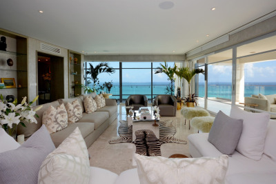 EXCLUSIVE AND LUXURIOUS APARTMENT WITH 270º VIEWS OF THE CARIBBEAN SEA