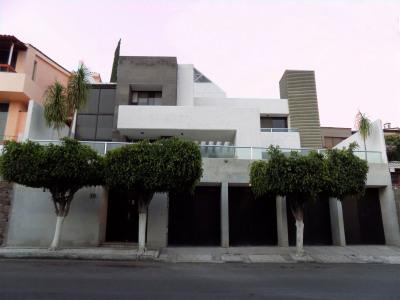 Casa Poliedro