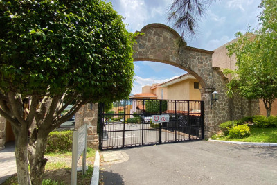 Casa C en Venta en Coto, Avenida Pablo Neruda